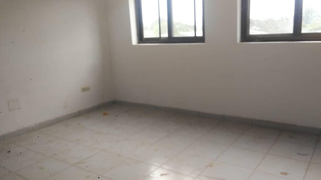 Appartement à louer , agoe                         (Zossimè à côté du marché)                     , Lome : 30 000 FCFA/mois