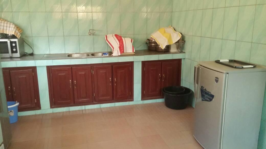 Appartement à louer , togo 2000                         (Togo 2000 à 10 min de l'aéroport)                     , Lome : 300 000 FCFA/mois
