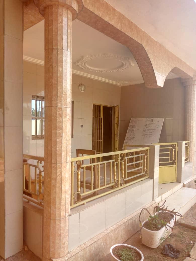 N° 4478 :                             Villa meublée à louer , Wonyome, Lome, Togo : 350 000 XOF/mois