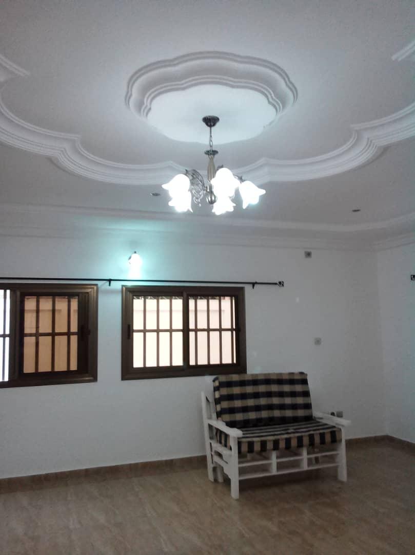 N° 4540 :                             Villa à louer , Vakpossito, Lome, Togo : 300 000 XOF/mois