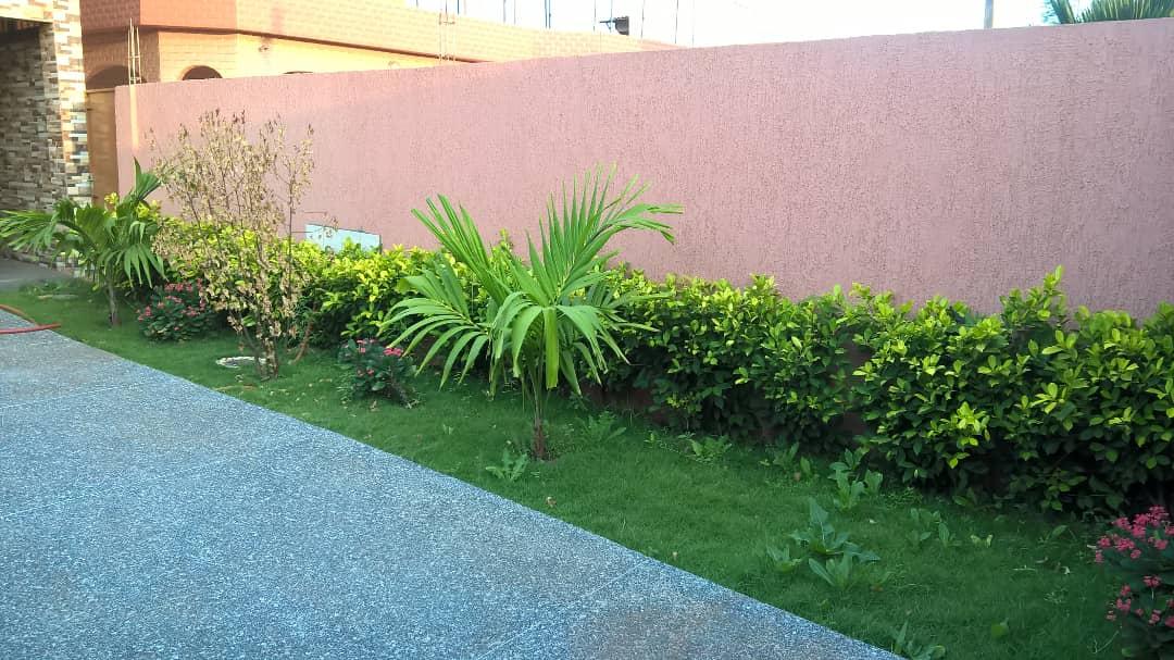 N° 4464 :                             Villa à louer , Attiegou, Lome, Togo : 300 000 XOF/mois