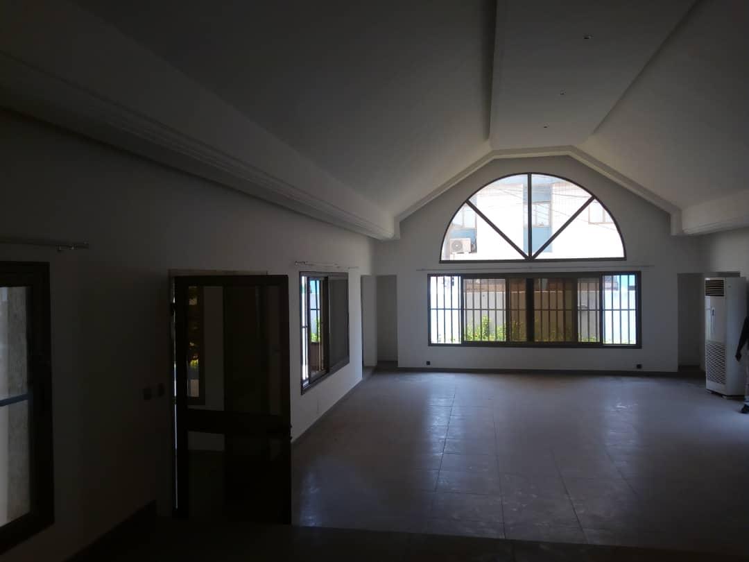 N° 4517 :                             Villa à louer , Be, Lome, Togo : 1 800  000 XOF/mois