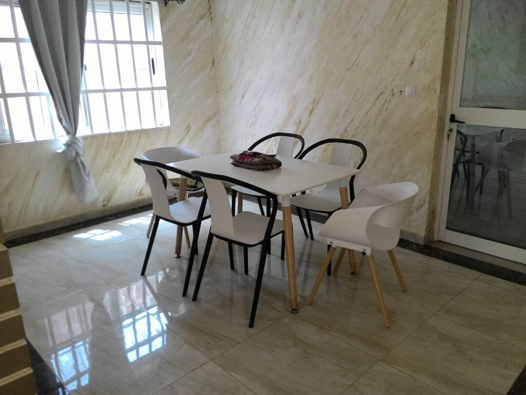 Villa à louer , avedji                         (AVEDJI COCONUT)                     , Lome : 450 000 FCFA/mois