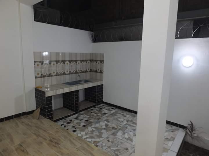 Villa à vendre , agoe                         (Réserve)                     , Lome : 120 000  000 FCFA