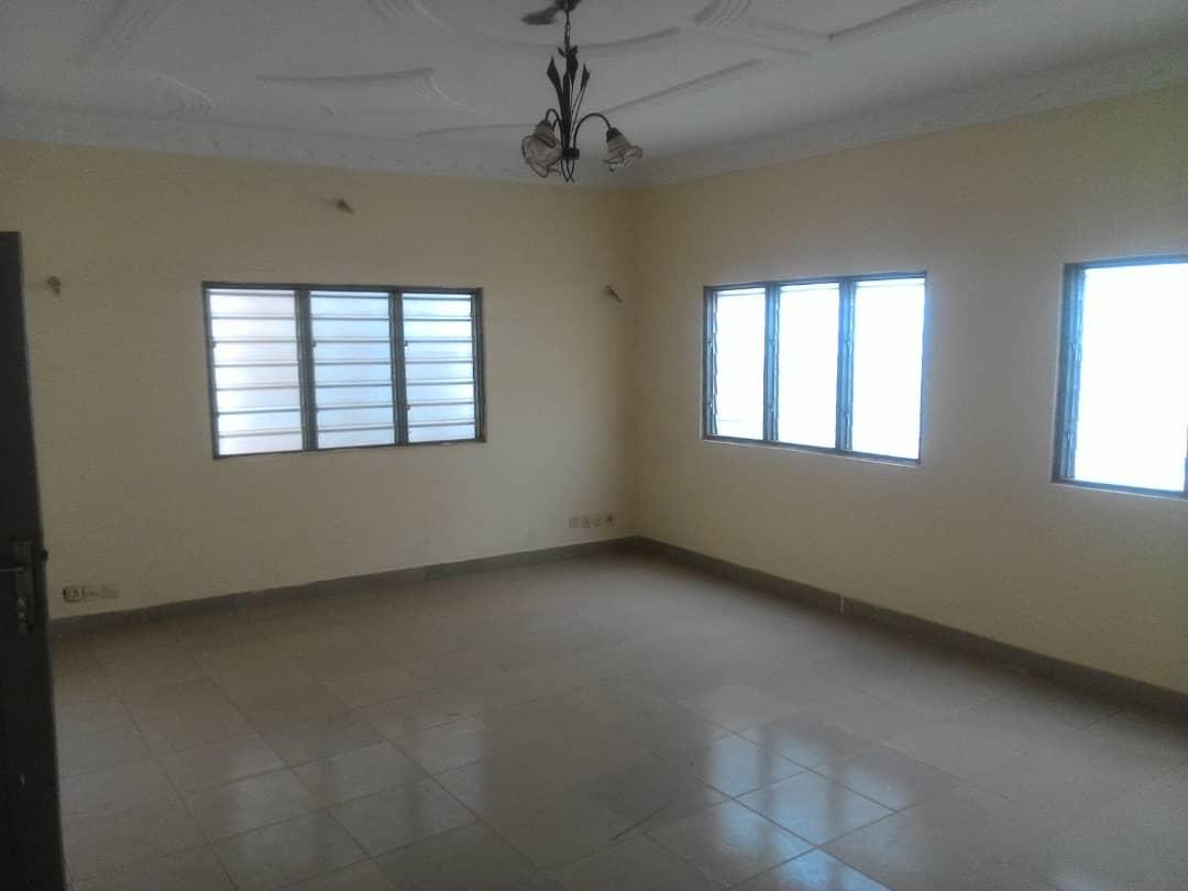 N° 4566 :                             Appartement à louer , Assigome, Lome, Togo : 80 000 XOF/mois