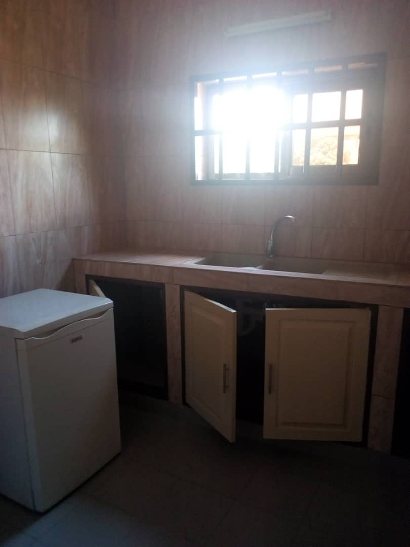 N° 4279 :                             Villa à louer , Gta, Lome, Togo : 500 000 XOF/mois