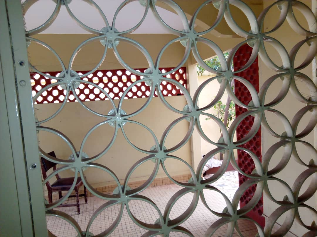 N° 4210 :                             Villa à louer , Hédzranawoé, Lome, Togo : 250 000 XOF/mois