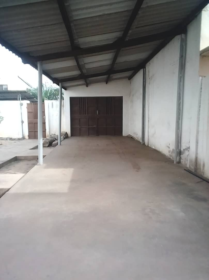 N° 4522 :                             Appartement à louer , Totsi, Lome, Togo : 110 000 XOF/mois