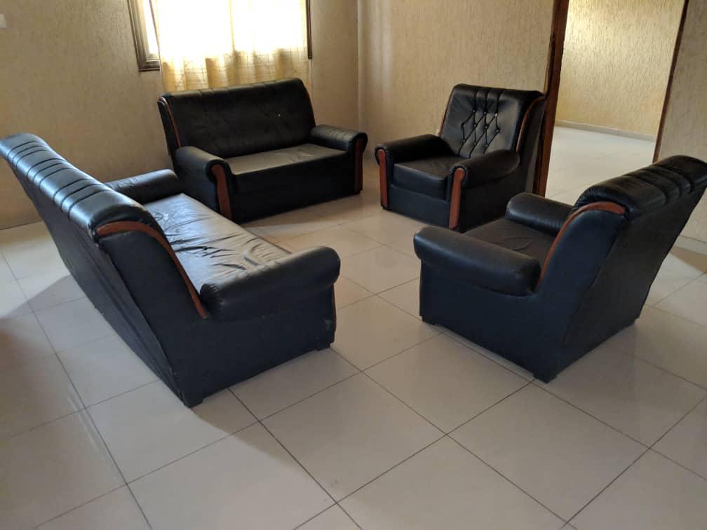 N° 4396 :                             Villa meublée à louer , Avedji, Lome, Togo : 500 000 XOF/mois