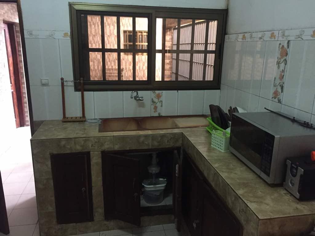 Villa meublée à louer ,  agbalepedo                         (Non loin de la pharmacie vigueur)                     , Lome : 400 000 FCFA/mois