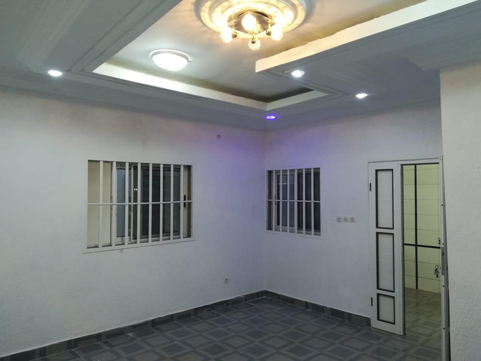 Appartement à louer , gbomame                         (Derrière Akofala)                     , Lome : 60 000 FCFA/mois
