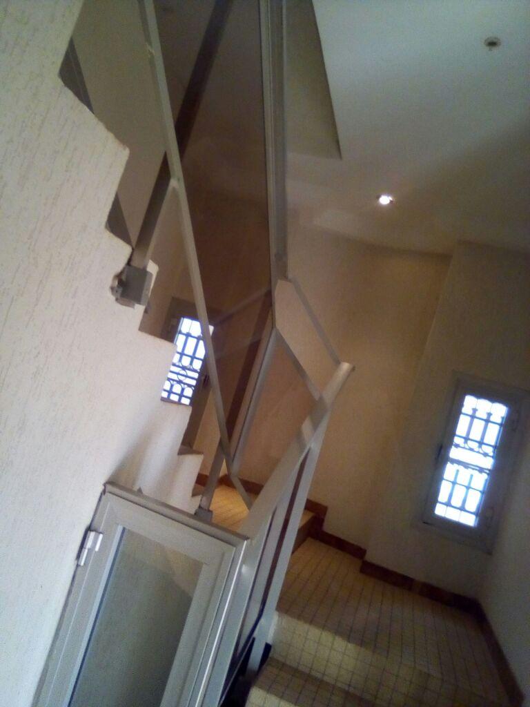 Villa à louer , totsi                         (Totsivi- glimkomé)                     , Lome : 800 000 FCFA/mois