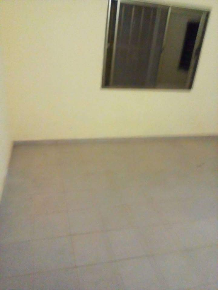 Appartement à louer , avedji                         (Avédji non loin de l'église catholique.)                     , Lome : 120 000 FCFA/mois