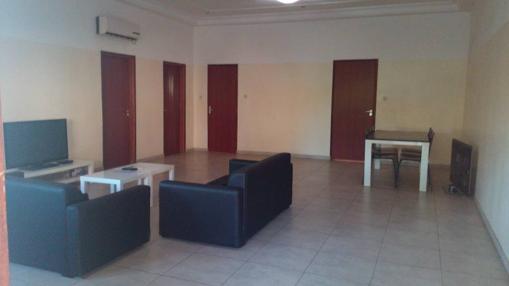 N° 4109 :                             3 chambres salon à louer , Avedji, Lome, Togo : 330 000 XOF/mois
