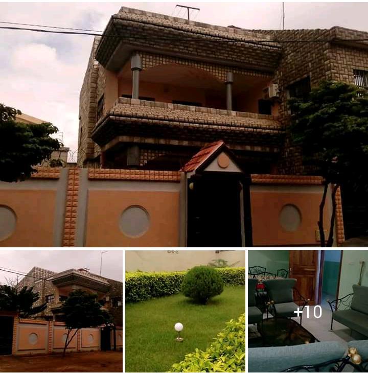 Villa à vendre , adidogome                         (Adidogomé Avémaria non loin de la pharmacie Bethel)                     , Lome : 160 000  000 FCFA