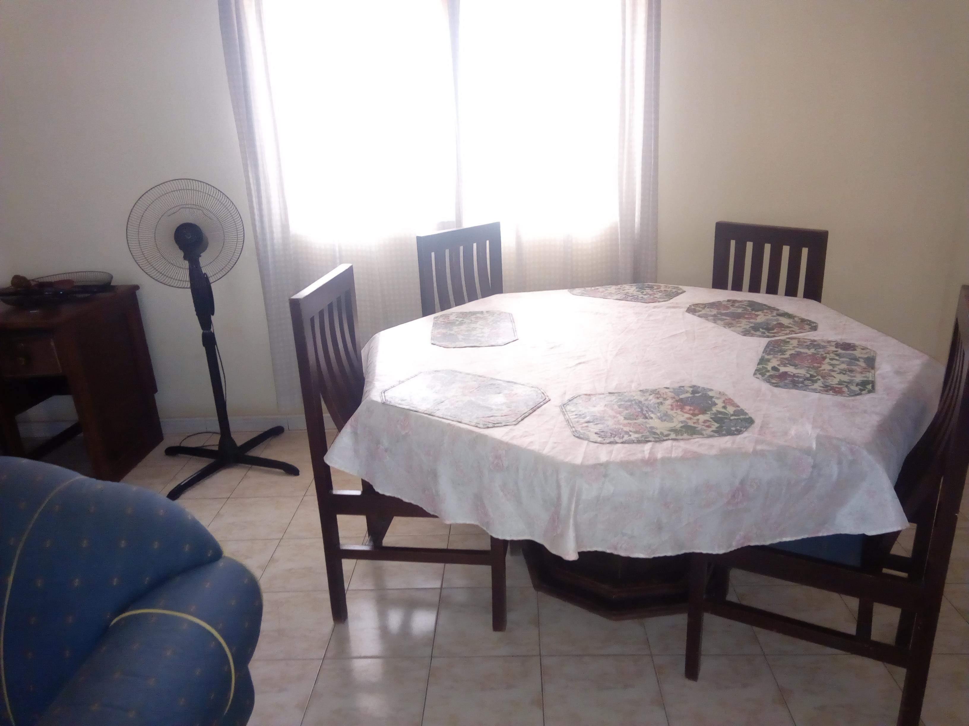 Chambre salon à louer , atikoumé                         (Atikoumé feu rouge)                     , Lome : 200 000 FCFA/mois