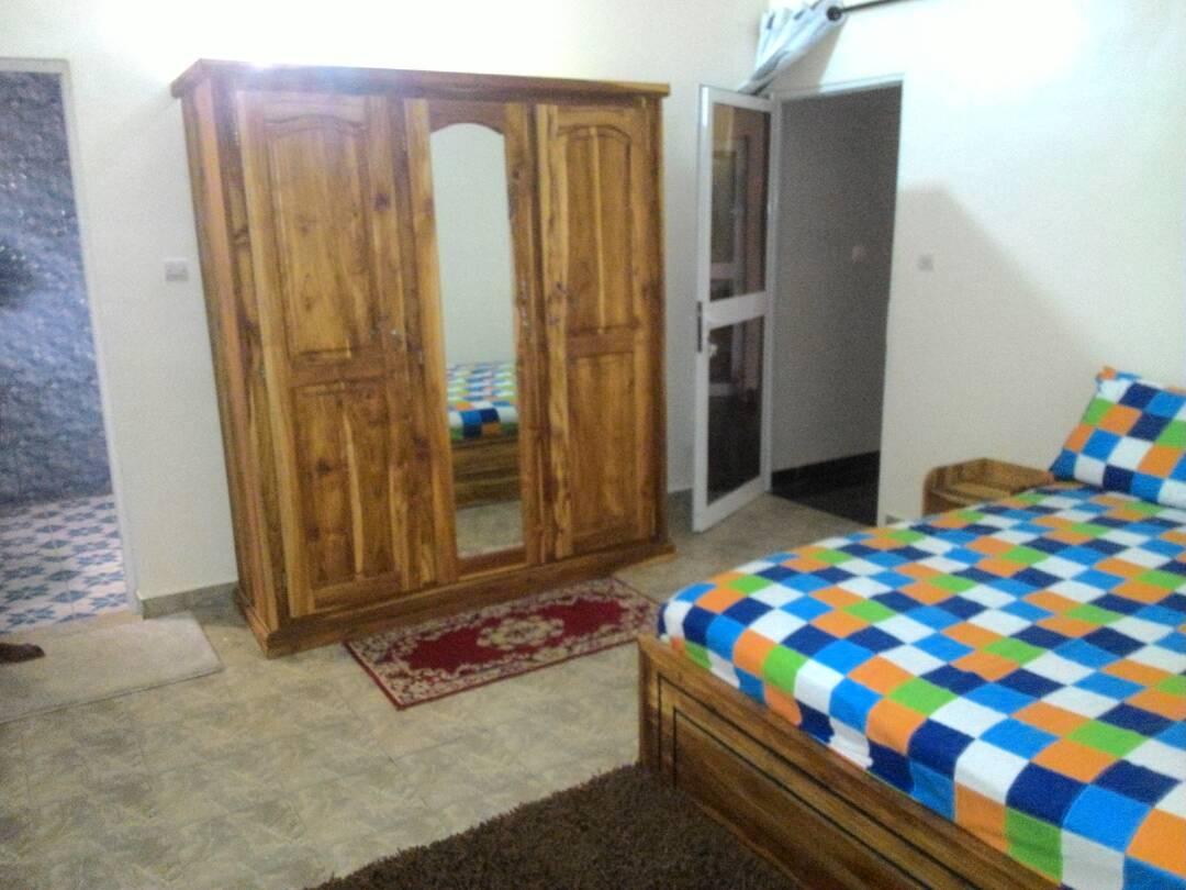 N° 4244 :                             Villa à louer , Agoe, Lome, Togo : 400 000 XOF/mois