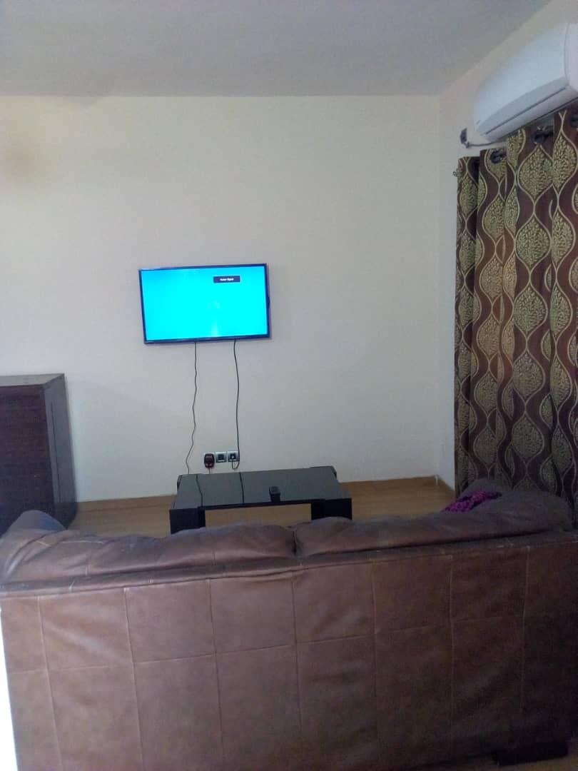 Appartement meublé à louer , hedzranawoe                          (Non loin de la Radio Maria)                     , Lome : 250 000 FCFA/mois