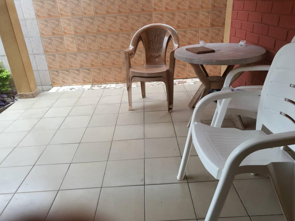 Villa à vendre , agoe cacaveli                         (A 250m du carrefour de la cours d'appel)                     , Lome : 40 000  000 FCFA