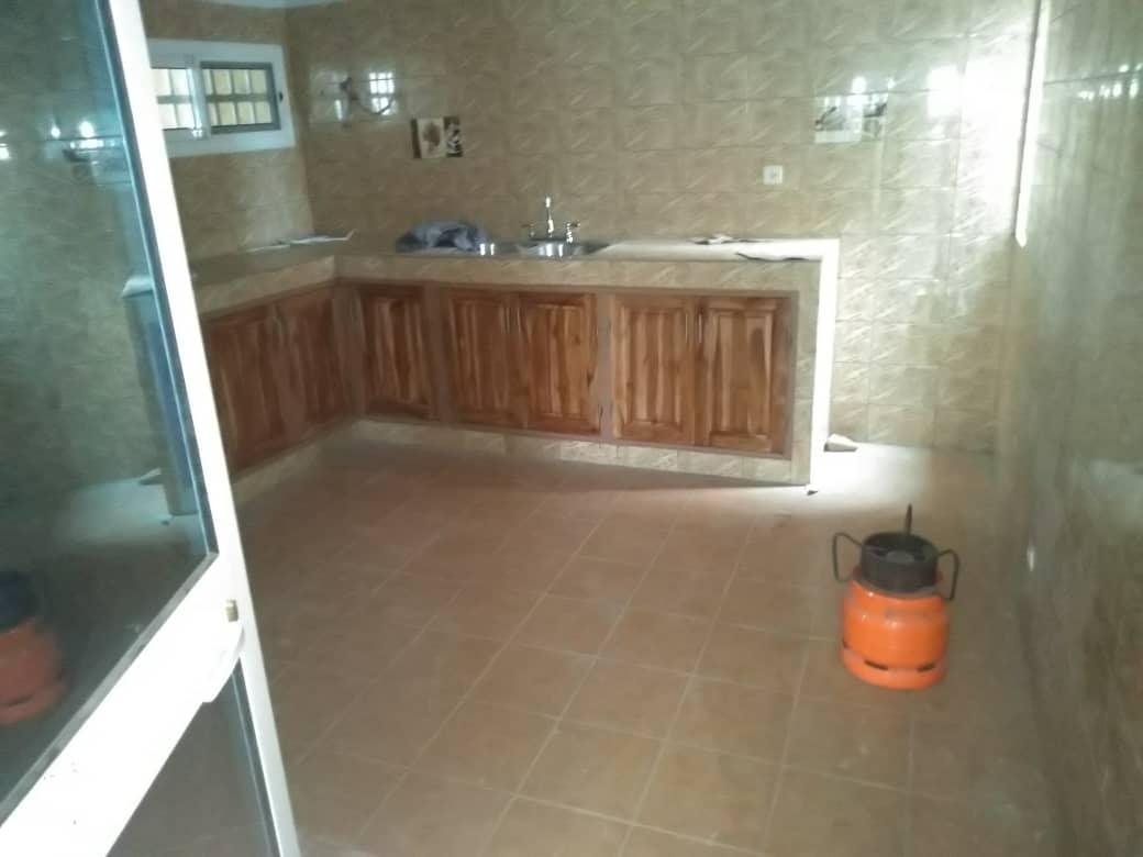 Appartement à louer , hedzranawoe                          (Non loin du marché)                     , Lome : 220 000 FCFA/mois