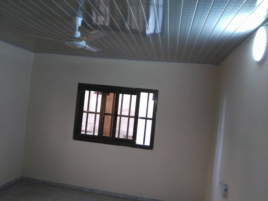 N° 4799 :                             Appartement à louer , Agoe, Lome, Togo : 180 000 XOF/mois