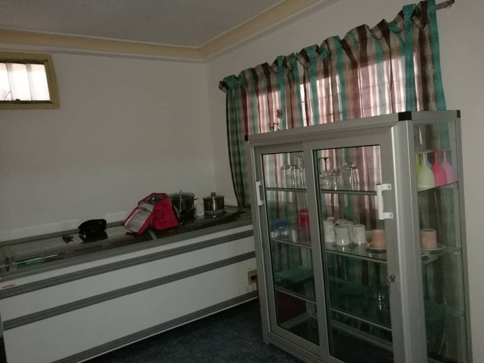 Villa à louer , kegue                         (à 200m  du goudron du stade de kegué)                     , Lome : 400 000 FCFA/mois