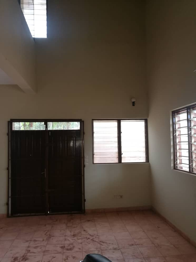 N° 4848 :                             Appartement à louer , Agoe, Lome, Togo : 80 000 XOF/mois
