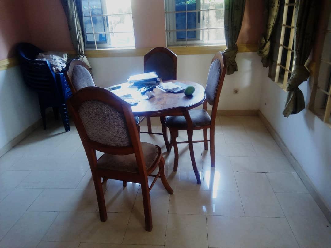 Appartement meublé à louer , adidogome                         (Non loin de TV7)                     , Lome : 250 000 FCFA/mois