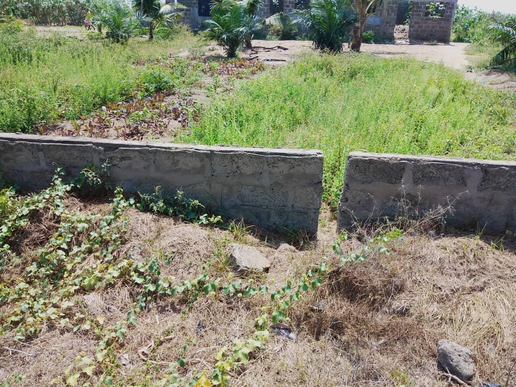 Terrain à vendre , kpogan                     , lomé : 40 000  000 FCFA