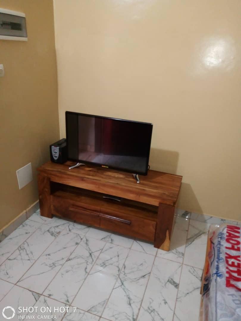 Studio meublé à louer , adidogome                         (CARREFOUR AISED)                     , Lome : 100 000 FCFA/mois