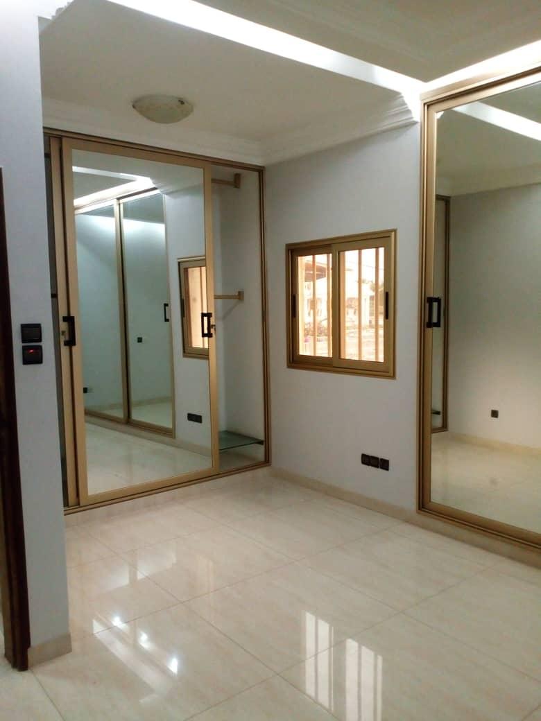 N° 4970 :                             Villa à louer , Avenou, Lome, Togo : 800 000 XOF/mois