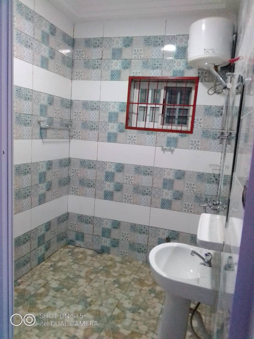 N° 5003 :                             Appartement à louer , Amadahome, Lome, Togo : 180 000 XOF/mois