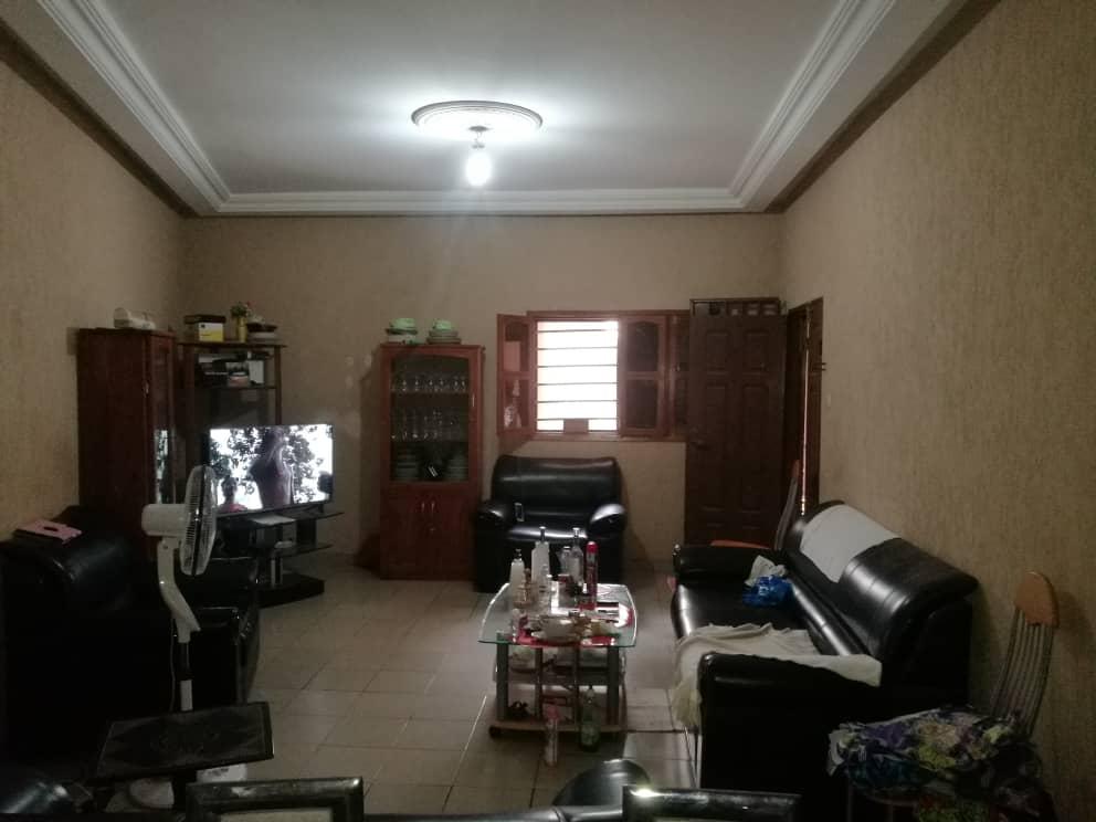 N° 5019 :                             Villa à vendre , Adidogome, Lome, Togo : 26 000  000 XOF/vie