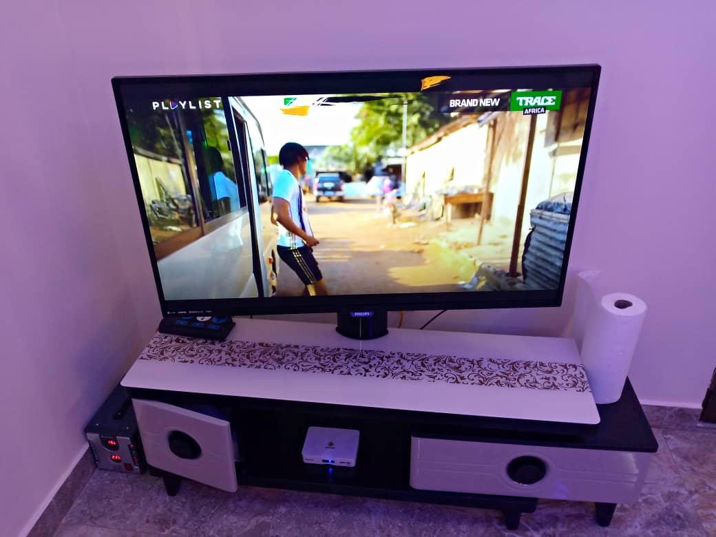 N° 5028 :                             Studio meublé à louer , Agoe, Lome, Togo : 150 000 XOF/mois