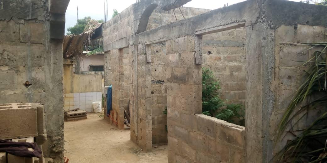 N° 5039 :                             Villa à vendre , Togo2000, Lome, Togo : 32 000  000 XOF/vie