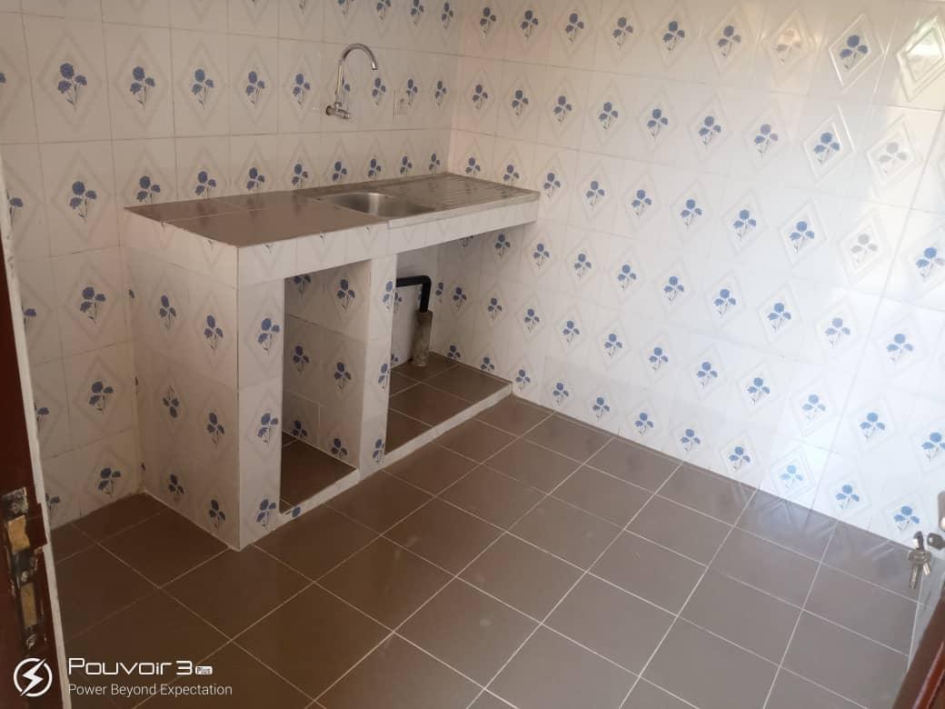 N° 5056 :                             Chambre salon à louer , Agoe , Lome, Togo : 50 000 XOF/mois
