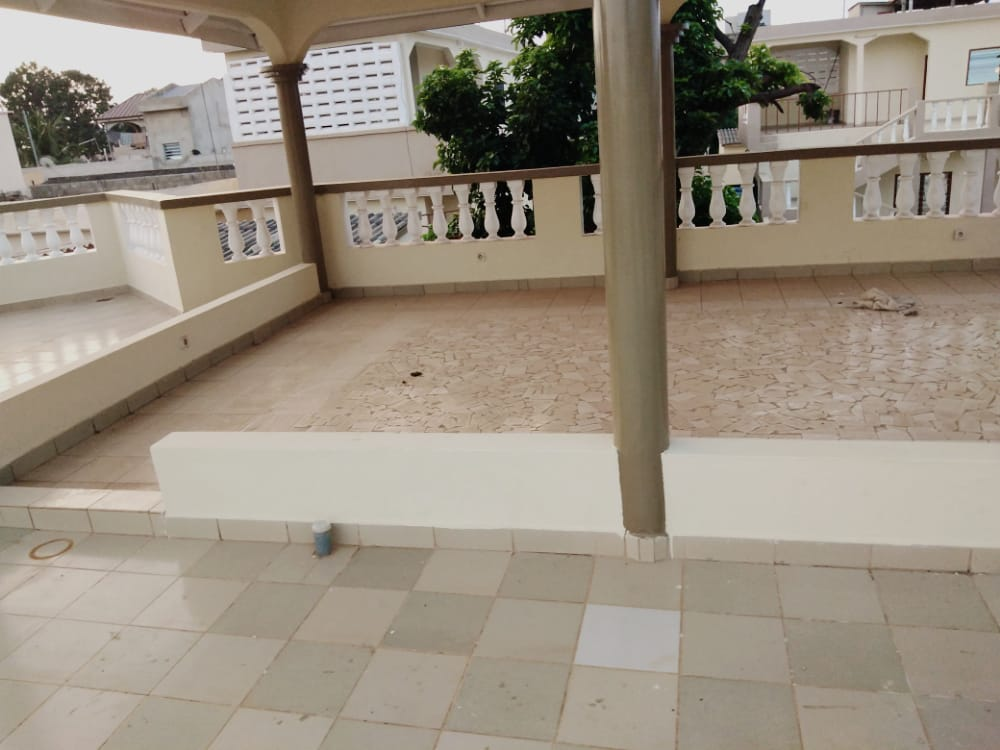 N° 5060 :                             Villa à louer , Agoe, Lome, Togo : 150 000 XOF/mois