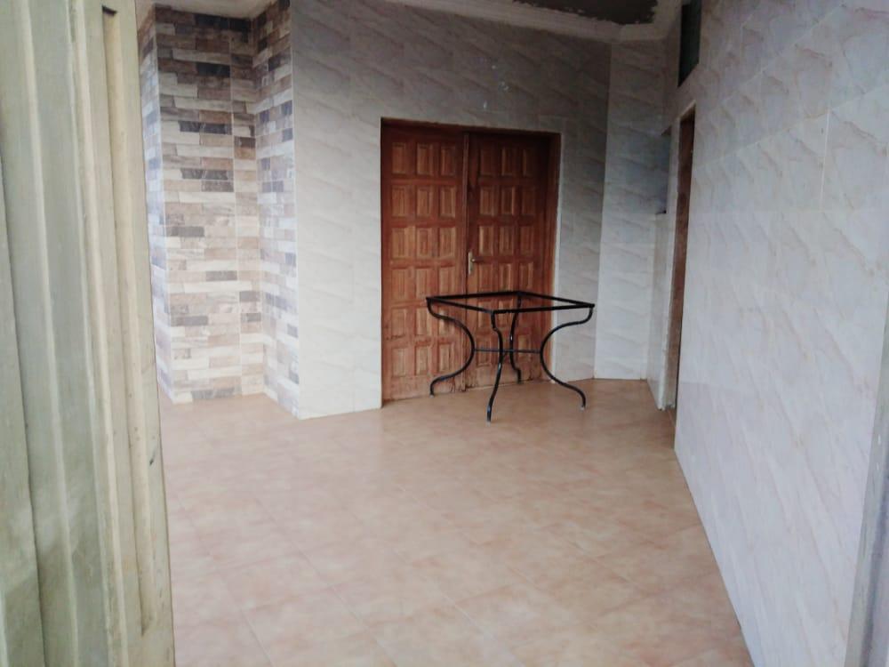 N° 5061 :                             Villa à louer , Leo2000, Lome, Togo : 500 000 XOF/mois