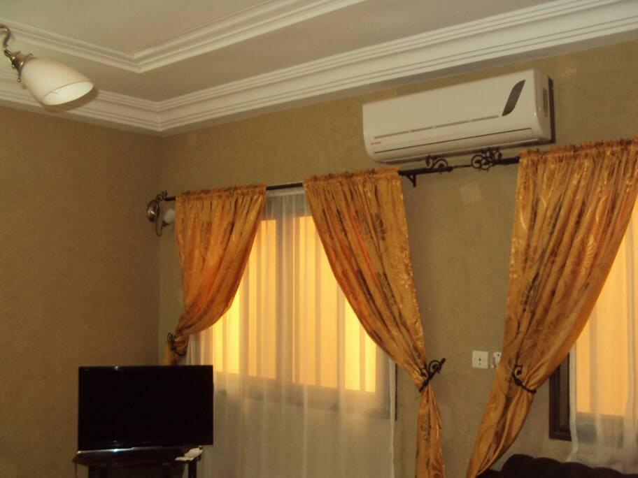 N° 5073 :                             Villa meublée à louer , Kegue , Lome, Togo : 300 000 XOF/mois