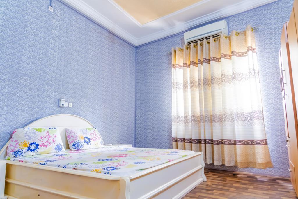 N° 5086 :                             Appartement meublé à louer , Adidogome, Lome, Togo : 300 000 XOF/mois