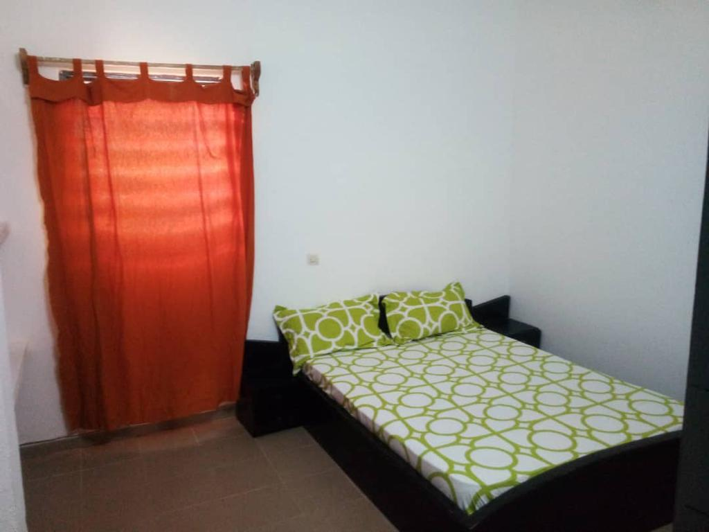 N° 5158 :                             Appartement meublé à louer , Gbossime, Lome, Togo : 250 000 XOF/mois
