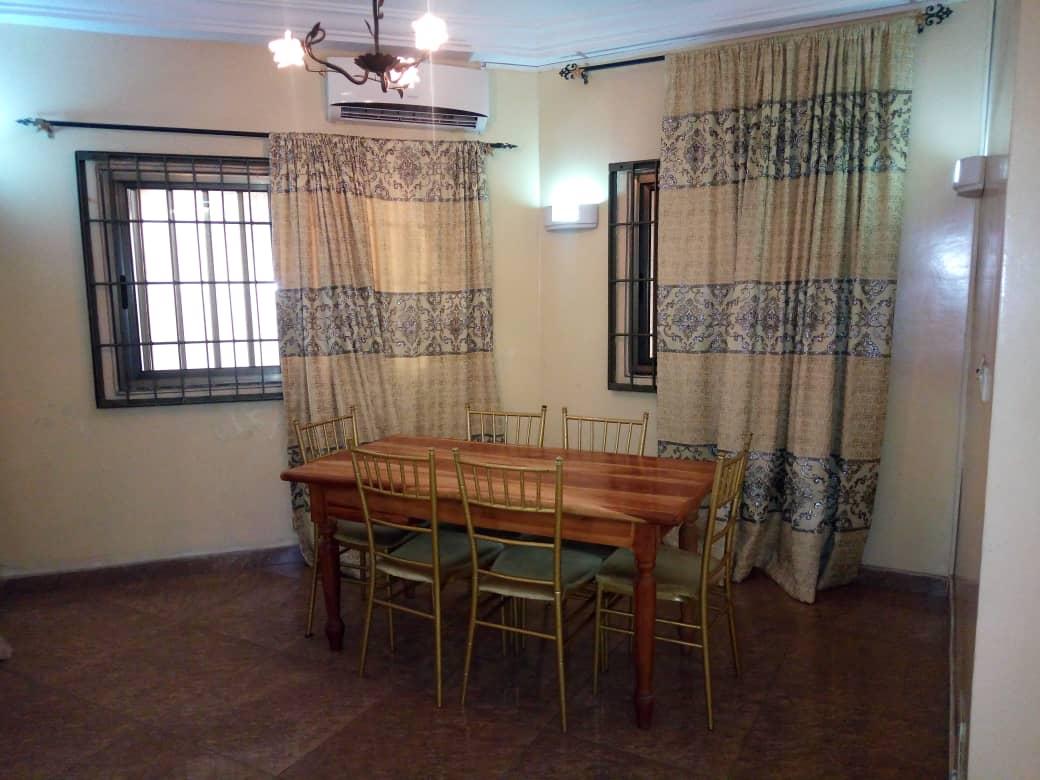 N° 4546 :                             Appartement meublé à louer , Be, Lome, Togo : 300 000 XOF/mois
