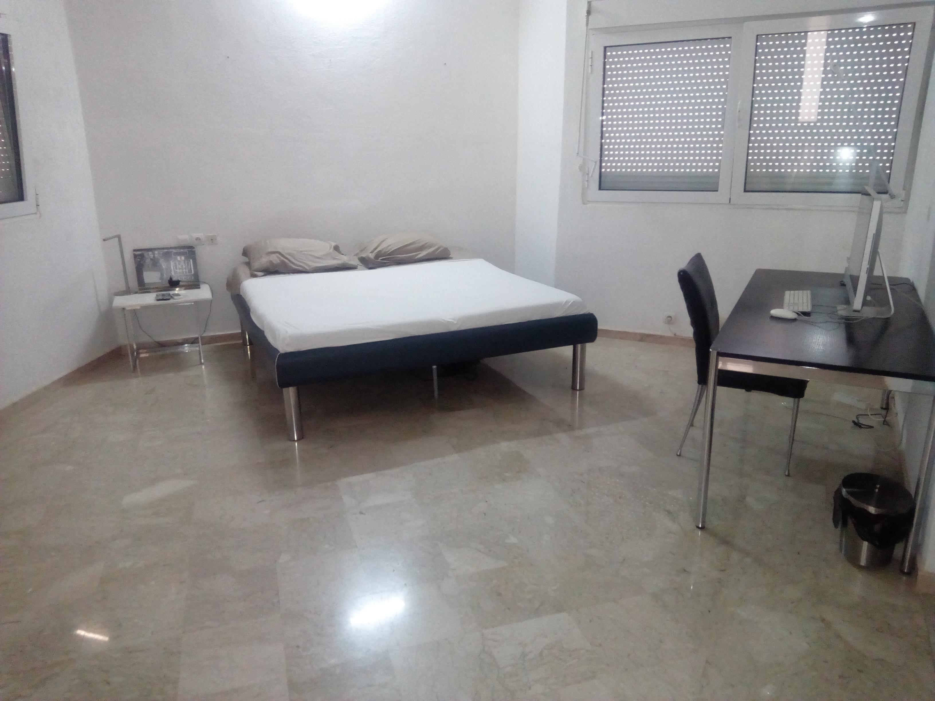 N° 4765 :                         Studio meublé à louer , Adidogome, Lome, Togo : 600 000 XOF/mois