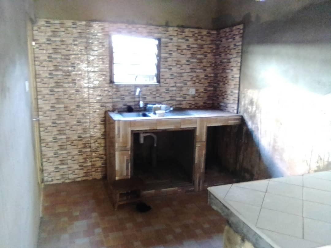 N° 4926 :                         Villa à louer , Avedji, Lome, Togo : 85 000 XOF/mois