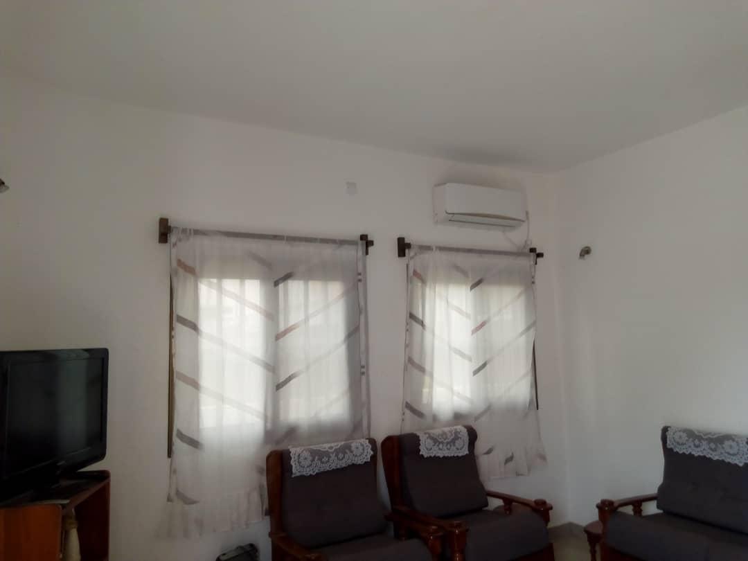 N° 4412 :                             Villa meublée à louer , Baguida, Lome, Togo : 350 000 XOF/mois