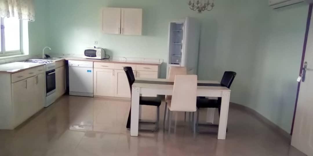 N° 4725 :                         Appartement meublé à louer , Adidogome, Lome, Togo : 250 000 XOF/mois