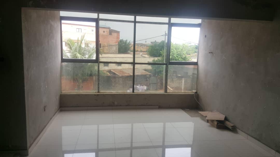 Villa à vendre , attiegou                     , Lome : 65 000  000 FCFA