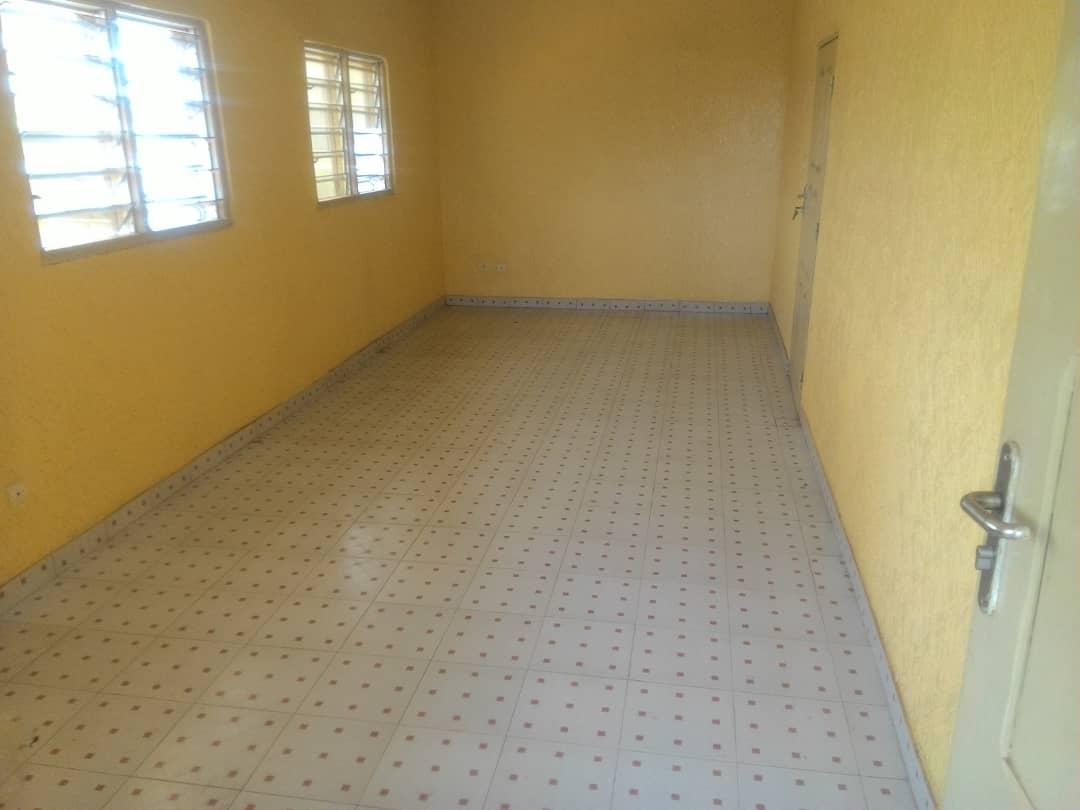 N° 4565 :                             Appartement à louer , Leo 2000, Lome, Togo : 90 000 XOF/mois