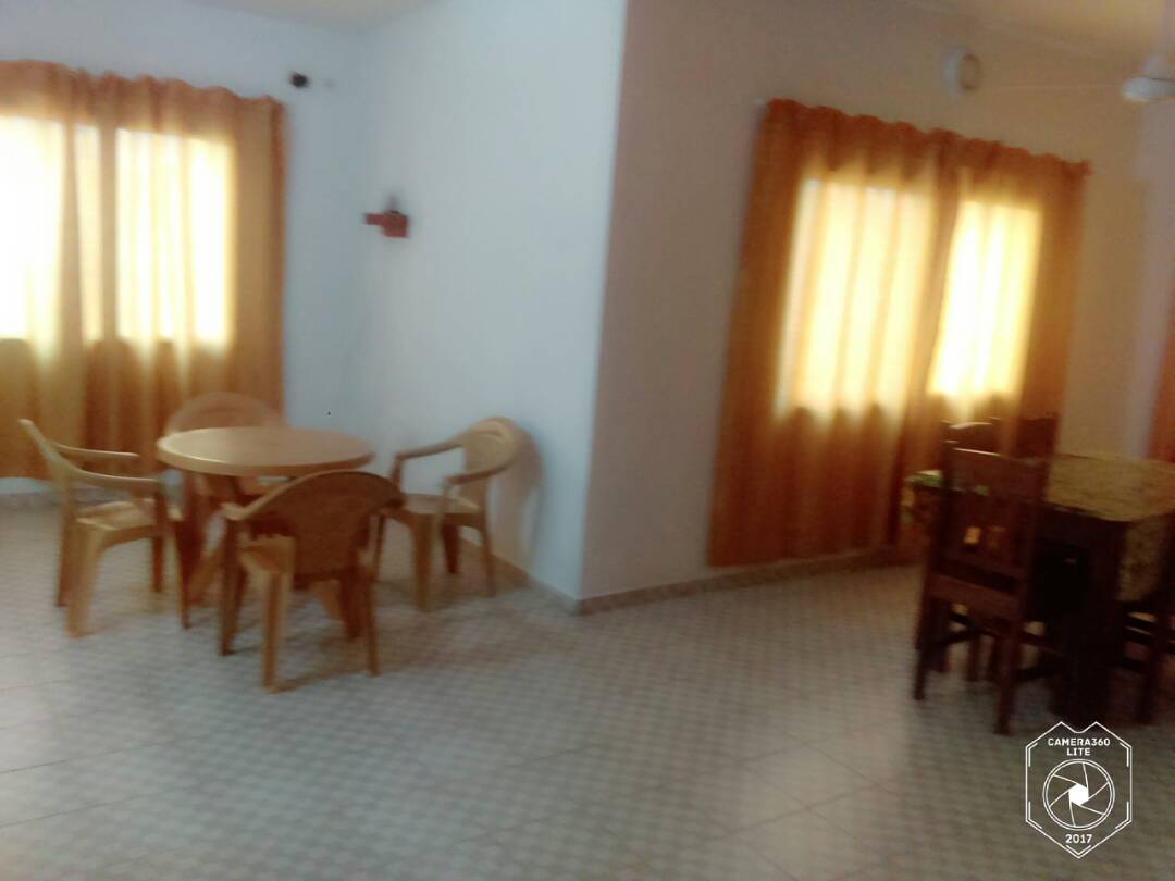 Appartement à louer , djidjole                         (non loin du pavé)                     , Lome : 450 000 FCFA/mois