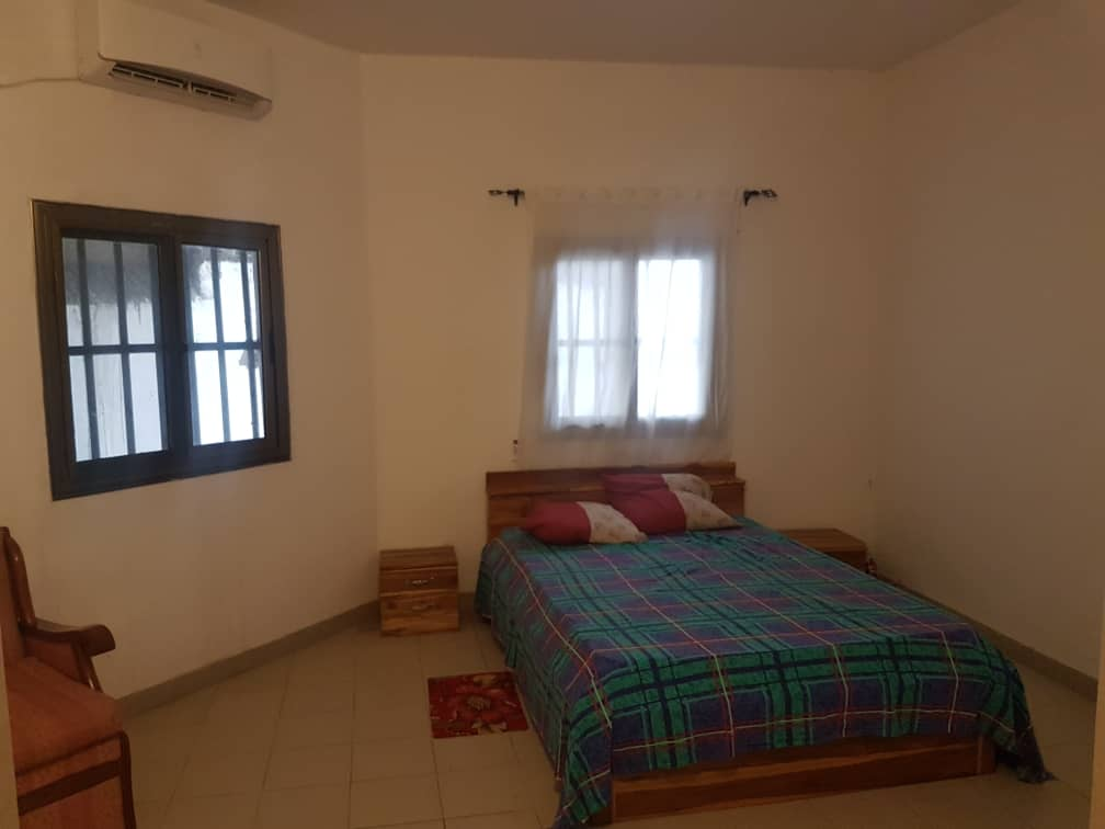 N° 4357 :                             Studio meublé à louer , Adidogome, Lome, Togo : 150 000 XOF/mois